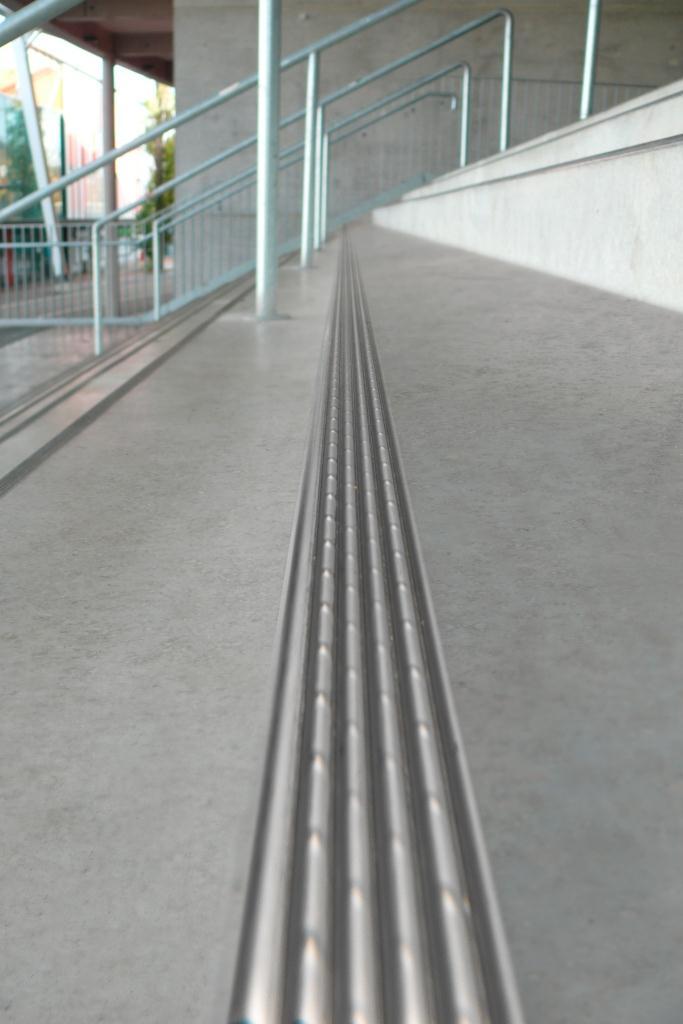 protektor-2001-stair-thread-profile